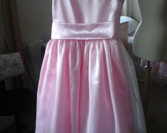 Bridesmaid dress in Pink satin with an organza layer