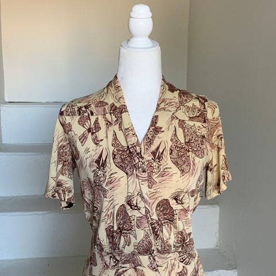 RARE Whimsical Neutral Palette Novelty Print Rayon