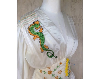 RARE *WWII Parachute Silk Dressing Gown* 1940s Make Do and Mend *