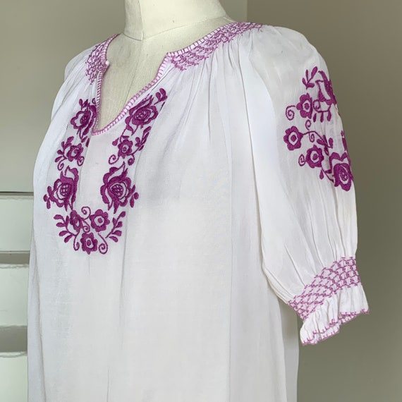 1930s Hungarian Peasant Blouse 40 Bust Lilac Embro