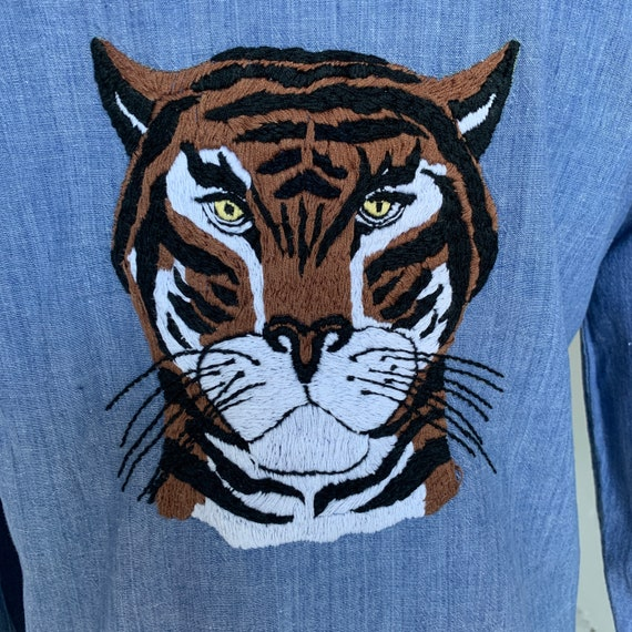 1970s Chambray Shirt Tiger Hand Embroidery Customi