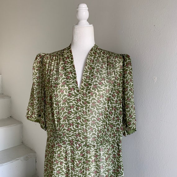 RESERVED 1940s Sheer Rayon Print Dress 44 Bust Smo