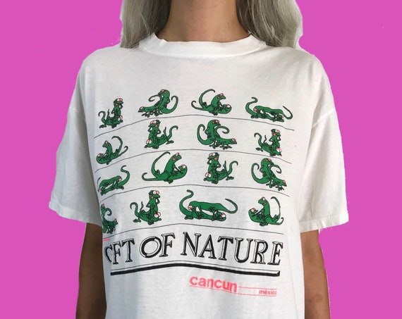 Sex Positions Cancun Lizard Kama Sutra Funny Humorous Novelty Tee Medium - 90's Funny Sex Humor T-Shirt - White Thin Gift Of Nature T-shirt