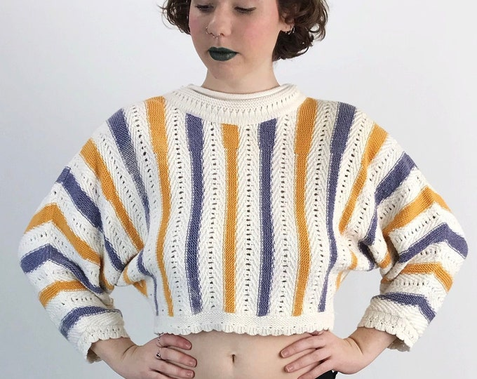 90s Cropped Knit Cotton Sweater Medium - Vertical Striped Slouchy Pastel Purple Yellow Knitted Jumper - Preppy Vtg Classic Pullover Sweater