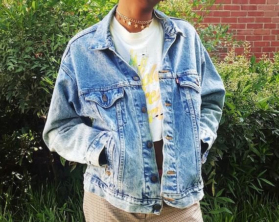 90's Levis Denim Jacket Women's Medium Large - Classic Unisex Men's Jean Jacket - LEVI'S Soft Slouchy Classic Staple Blue Jean Jacket