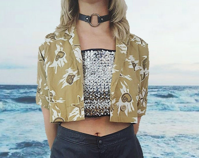 80's Tropical Sea Shell Starfish Print Open Layer Crop Top - Brown White and Black VTG All Over Print Short Sleeve Womens Beach Shells Top