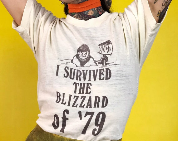 """70's Paper Thin """"I Survived The Blizzard Of '79 Snow Storm Retro Tee Shirt Adult XS/S - VTG Seventies Unisex Soft 50/50 Graphic Tee"""
