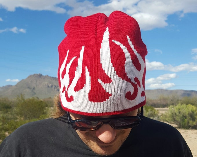y2K Flames Beanie Hat - Unisex 2000s Vintage Toboggan Hat Grunge Accessory - Red White Fire Flame Winter Accessory Hat