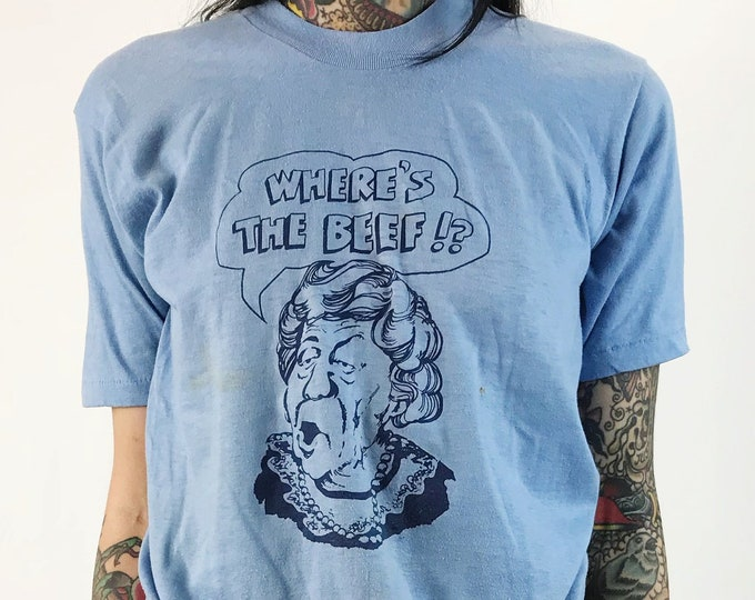 """80's """"Where's The Beef?"""" Queen Of England Wendys Fast Food Chain Vintage Tee - Small Baby Blue Thin Retro Novelty Humor Graphic Tee RARE"""