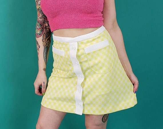 70's Vintage Pastel Yellow Plaid Miniskirt Small - Polyester High Waist Button Up Mini Skirt - A-Line 1970s Skirt with Shorts Underneath