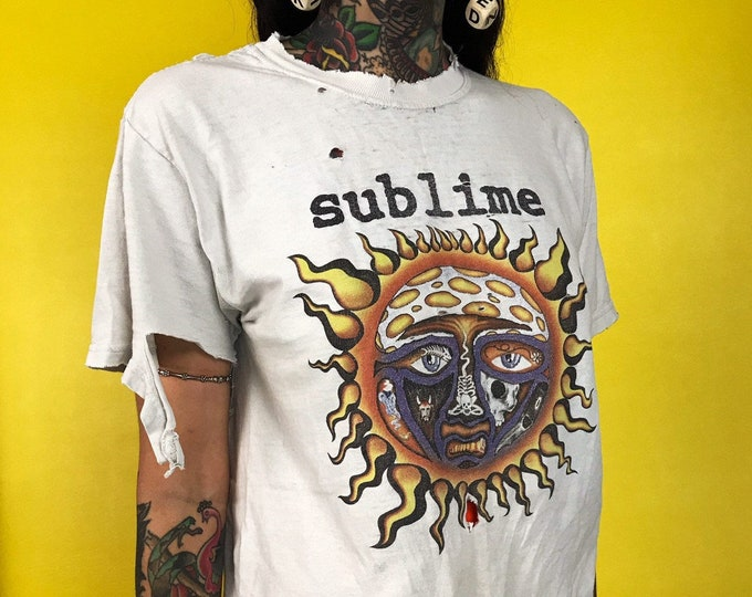 90's Holey Distressed Sublime Tee Shirt Adult Small - Grunge Band Tee Nineties Iconic Sublime T-shirt Holes Rips Faded Front & Back Print