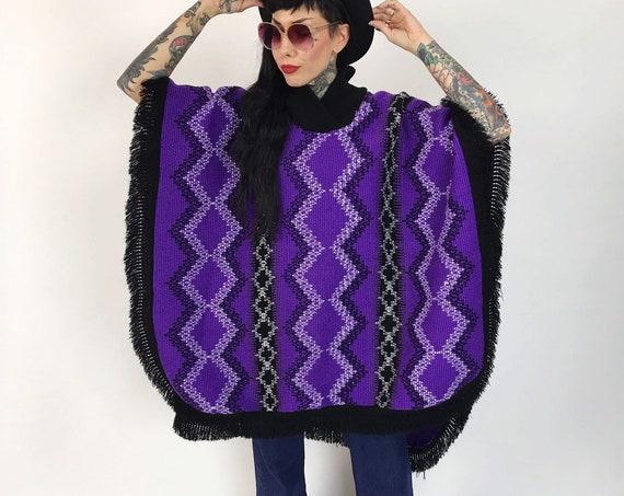 80's Purple Knit Poncho Shawl Cape One Size - Purple &  Black Thick Woven Winter Poncho w/ Open Sides - Soft Warm Fringe Layer Outerwear