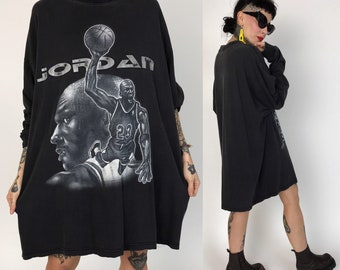 90s Michael Jordan NBA #23 Basketball Long Sleeve Tee 2XL - Big & Tall Faded Charcoal Black Cotton Shirt - VTG Black Gray Sporty Streetwear