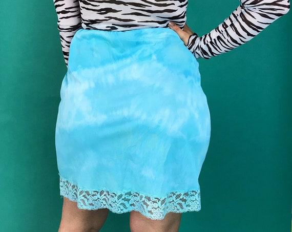 Hand Dyed Vintage Slip Skirt Small 4/6 - Baby Blue Angelic Cloud Print Tie Dye Lingerie Slip - Hand Dyed Unique Knee Length Skirt VTG Slip