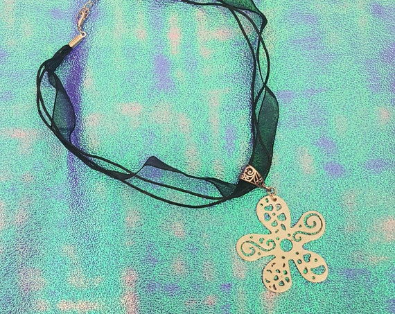 90s Silver Daisy Choker Necklace - Black Sheer Ribbon 1990s Grunge Necklace - Multi Layer Floral Flower Jewelry Accessories