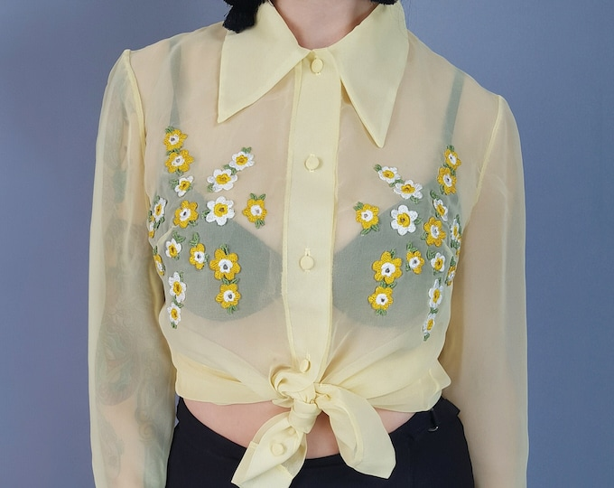 70's Vintage Sheer Long Sleeve Blouse Medium - Pale Pastel Yellow Floral Embroidered True Vintage Shirt - Collared Button Front Top