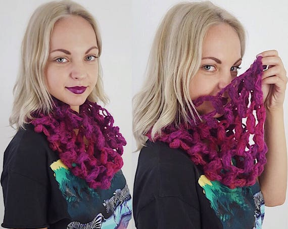 Handknit Handmade Pink/Magenta Purple Circle Scarf - Boho Hipster Art Fashion Womens Accessory - Soft Warm Fall Upcycled Open Circle Yarn