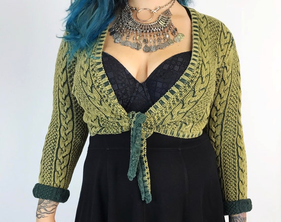 90s Tie Front Green Cable Knit Womens Cropped Sweater M/L - Olive Pewter Textured Knit Casual Fall Cardigan Layer - Contrasting Tie Up Cardi