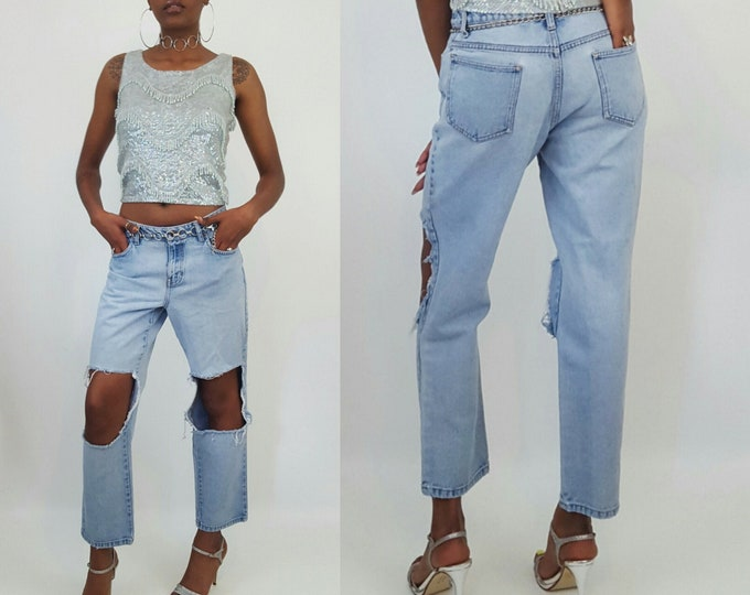 90's Light Wash Holey Knee Mom Jeans 8 Medium - Womens Vintage Shredded Denim Pants - Distressed Highwaist Jeans with Ripped Knees