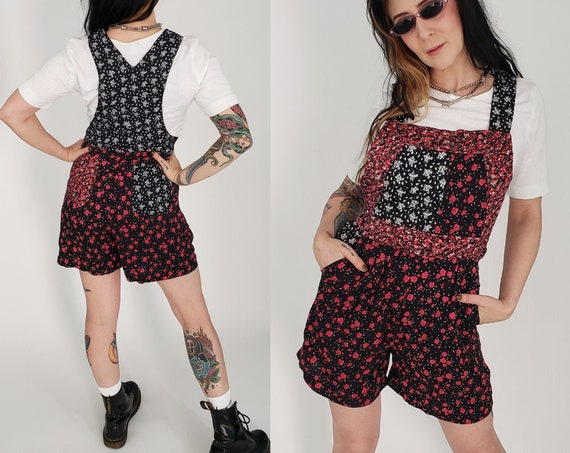 90's Deadstock Floral Shorts Overalls Romper Medium - Vintage Mixed Prints Baggy Shorts Overall - Black Hot Pink Roses Retro Casual Fashion