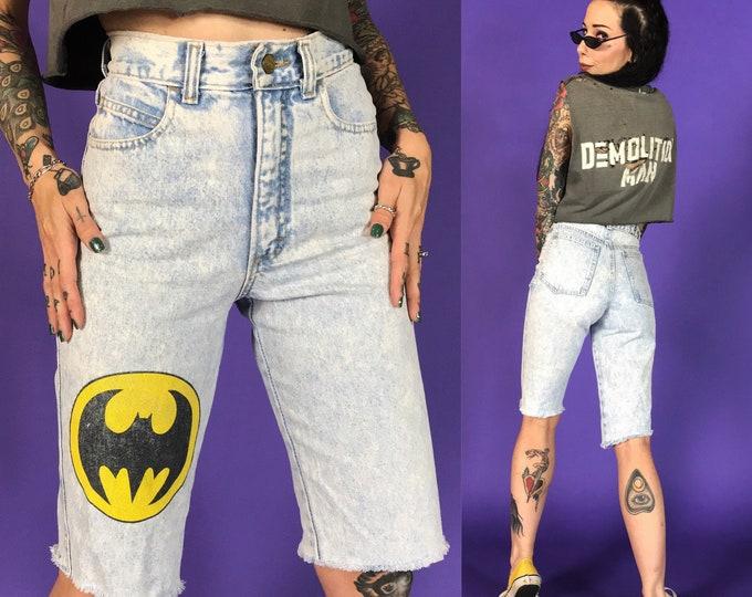 "90's BATMAN Logo Cutoff High Waist Denim Bermuda Shorts XS 25""- RARE Loght Acid Wash Screen Printed Long Frayed Summer Cutoffs Shorts"