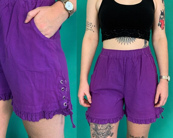 90's Vintage Casual Purple Ruffle Trim Shorts Medium 8/10 - High Waist Grommet Sides Lace Up Detail - Lace Hem Loose Casual Nineties Shorts