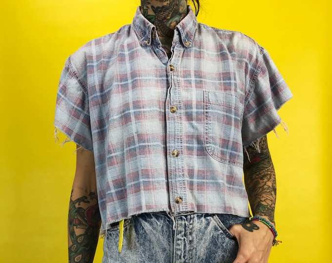 90's Plaid Frayed Raw Hem Cropped Button Front Blouse Medium - Pastel Faded Cotton Plaid Everyday Cropped Shirt - Frayed Short Sleeve Grunge