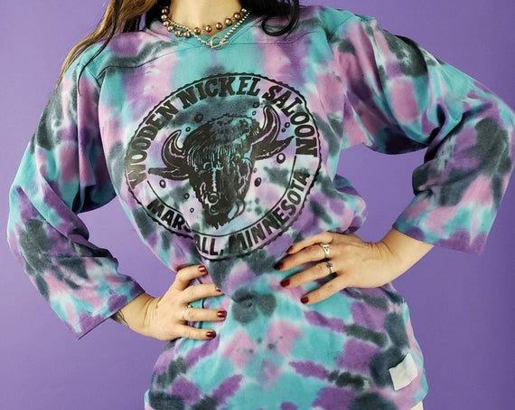Blue Purple Tiedye 80s Vintage Tee Large T-shirt- Tie Dyed Colorful 1980s Upcycled Vtg Tshirt -  Wooden Nickel Saloon Graphic Tie Dye Tee