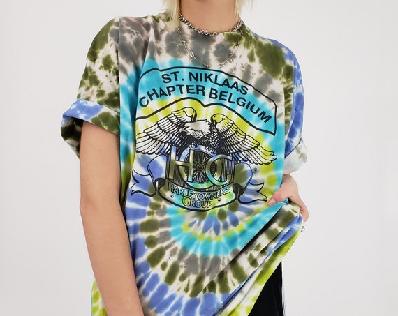 Tiedye 90s Vintage Harley Owners Group Belgium T-shirt- Tie Dyed Colorful 1990s Upcycled Vtg Tshirt - Graphic Tee Hand Tie Dye Unisex Shirt