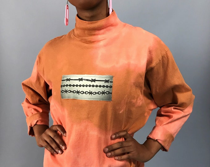 90's Upcycled Mock Neck Pullover Medium - Barbed Wire Ball Chain Grunge Patch Long Sleeve Top - Tie Dye VTG Orange Top w/ Unique Patch Added