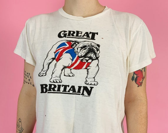 85' Vintage British Bulldogs Pro Wrestling Tee Medium - Rare Cropped Shape Retro Distressed Tee - RARE UK Graphic WWF British Flag Tee