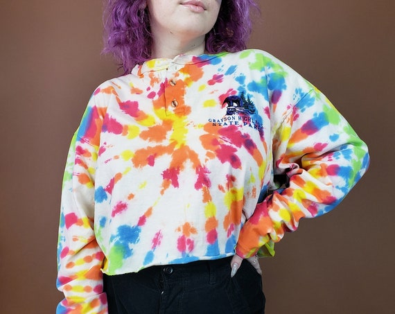 Rainbow Spiral Tie Dye Cropped Tee XL Extra Large - Grunge Tiedyed Streetwear Tshirt- Baggy White Multicolor Tiedye Long Sleeve Crop Top