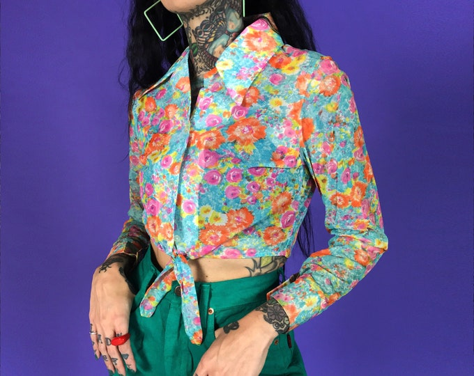 70's Tie Front Spring Collared Blouse Small - Pink Blue Orange Acetate Floral Painterly Long Sleeve Pointy Collared Tie Up Crop Top Blouse