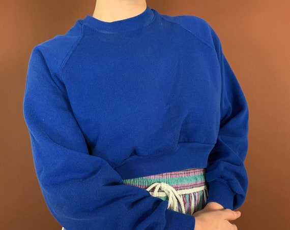 Vintage Reworked Basic BLUE Cropped Pullover Sweatshirt Medium - 1990's 1 of 1 UNIQUE Casual Slouchy Pullover Sweater - Upcycled Eco Fashion