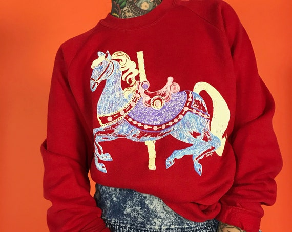 90's Carousel Horse Pullover Sweatshirt Large - Red 50/50 JERZEES Cute Horse Carnival Graphic Jumper Sweater - Casual Vintage Sweat Shirt