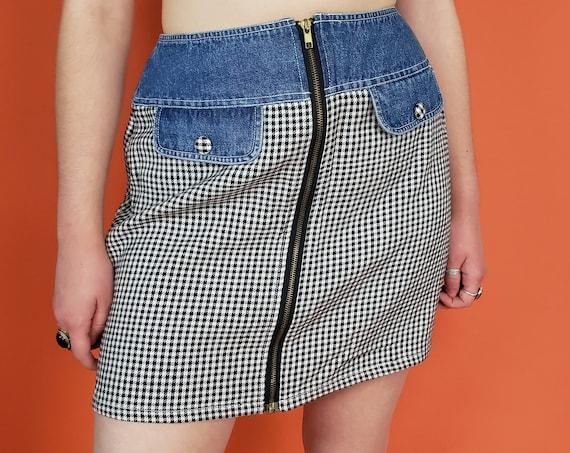 90's Vintage Plaid Miniskirt Medium - 1990s High Waist Trendy Schoolgirl Miniskirt - Zip-Front Grunge Black White Check Mini Skirt