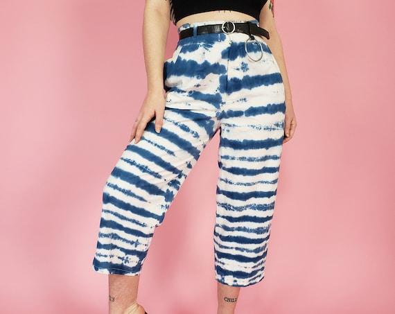 Upcycled Blue & White Tiedye Stripe Capri Pants - 80s Vintage Highwaist Pant Medium 8 - Womens Loose Fit Wide Leg Tie Dye Cropped Pants