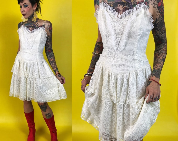 Vintage Ivory Lace Bodice Dress XS/S - 80s Ruffle Tiered Lace Party Dress Romantic Sequin Detail Fitted White Lace Vintage Sweetheart Dress