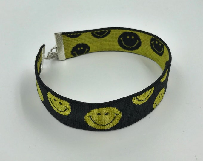 """Smiley Face Choker - 1"""" Statement Choker Upcycled VTG Elastic Choker Necklace - Hippie Grunge Trend Recycled Accessory Happy Face Choker"""