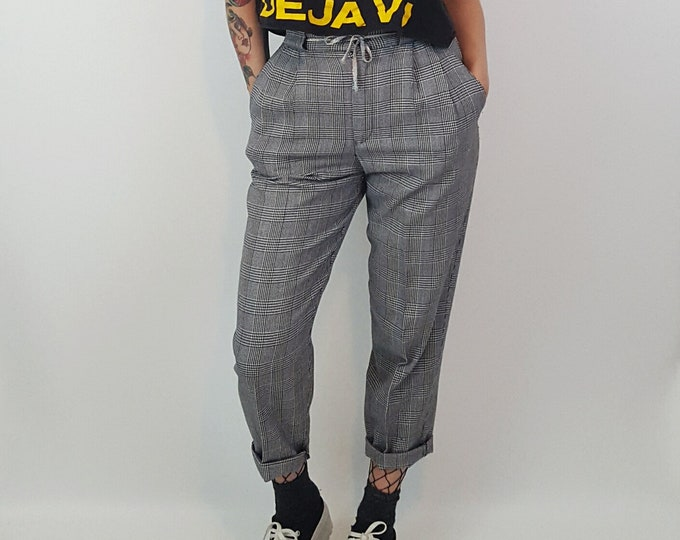 80s Vintage Plaid Pants - Extra Small Womens Black + White Plaid Pant - High Waist Check Pattern Tapered Leg Trousers XS - 1980s Vintage