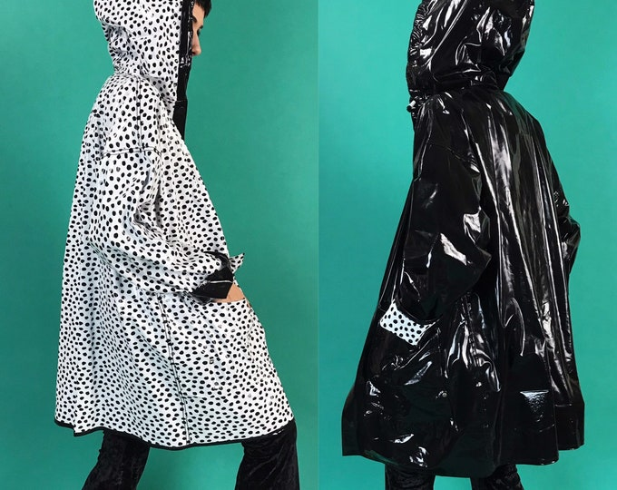 90s Polka Dot Print Reversible Black White Patent Rain Coat Medium - Vintage Black PVC Hooded Rain Coat - Womens Slicker Weird Fun Rain Wear
