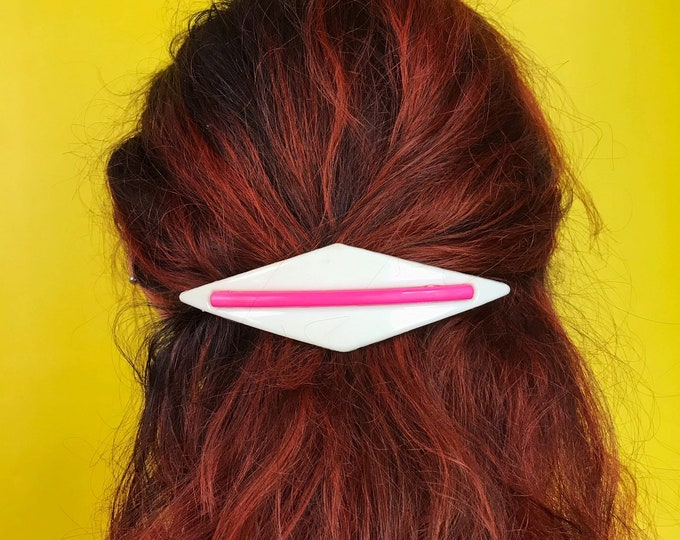 80's Statement Hair Clip Plastic Minimal Geometric Hair Barrett French Clip - Large Funky Hot Pink Hair Accessory Vintage Diamond 80's Clip