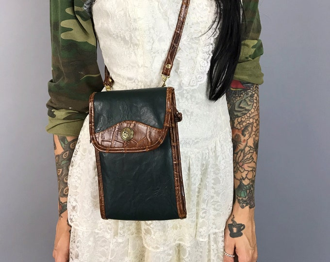 90's Small Leather Travel Purse - Vintage Green Brown Preppy Basic Hipster Crossbody Mini Purse - Long Strap Zip Up Wallet Necessity Bag -