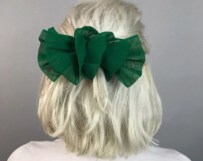 80's Giant Kelly Green Bow Clip - Vintage Oversized Basic Green Hairbow French Clip - Big Bow Statement Hair Accessory Handmade Preppy Girly