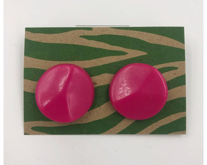 80's Plastic Statement Earrings - Large Circle Hot Pink Round Stud Earrings Costume Jewelry - Girly Vtg Funky Geometric Retro Neon Earrings