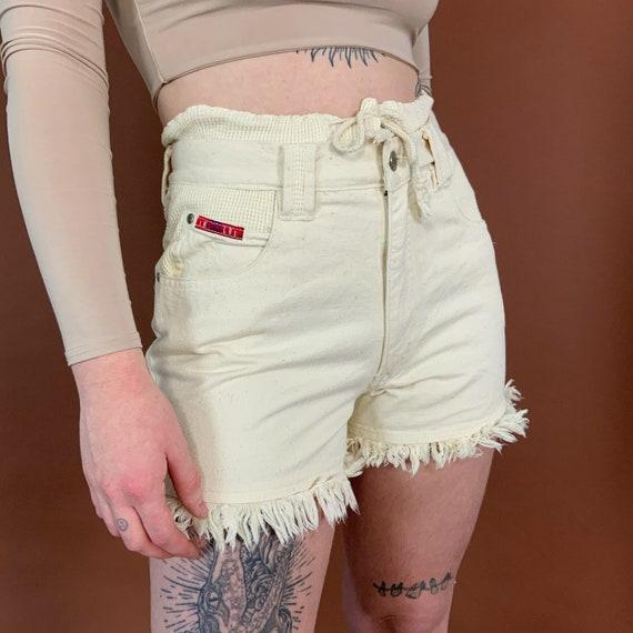 90's Rare Denim Drawstring Off-white High Waisted Frayed Shorts Size 6/7 - Paper Bag High Waist Waffle Knit Double Waistband Textured Denim