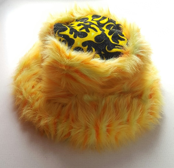 Vintage Faux Fur Bucket Hat - 80s/90s Yellow Fuzzy Furry Shaggy Large Bucket Hat Faux Furry Acrylic/Polyester Unisex Hat