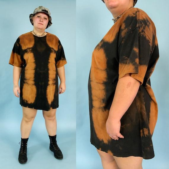 Black Tie Dye Bleached Long Tall Tee 4XL - Unisex Grunge Goth Plus Size Streetwear Black Tie-Dye Crew Neck T-Shirt - Rustic Avant Garde