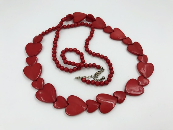 80s Long Red Plastic Hearts Beaded Necklace - Vintage Valentines Heart Statement Necklace Heart Shaped Beaded Necklace Strand - VTG Kitschy