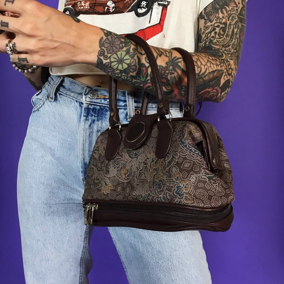 90's Top Handle Preppy Everyday Leather Purse With Hinge Opening - Small Vintage Casual Mini Purse Multi Pockets - Brown Floral Paisley Bag